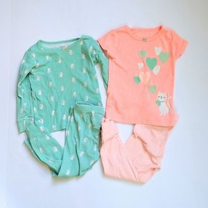 Carter's 2T pajama set with Kitty print!